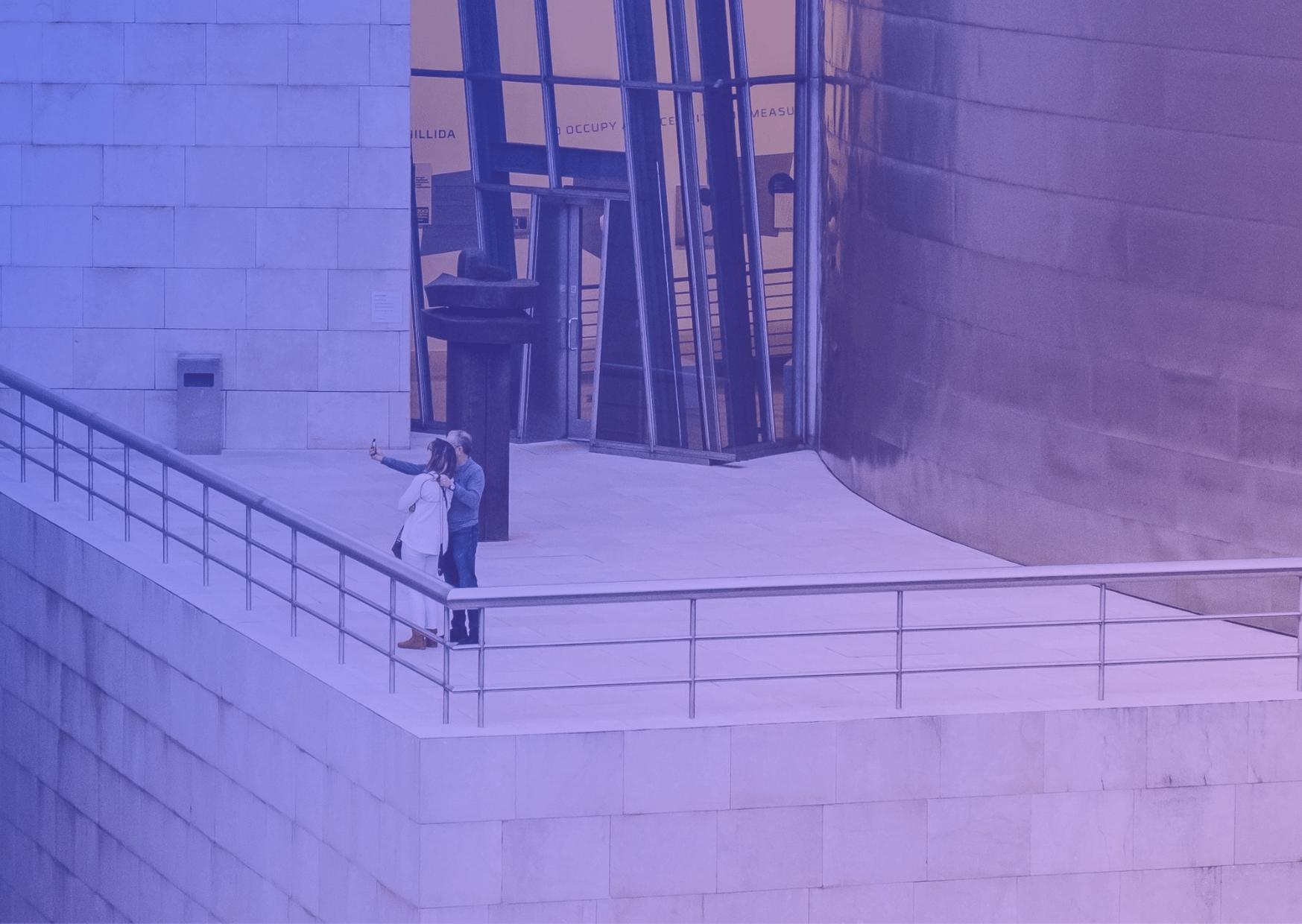 La pyramide de Maslow appliquée à une exposition